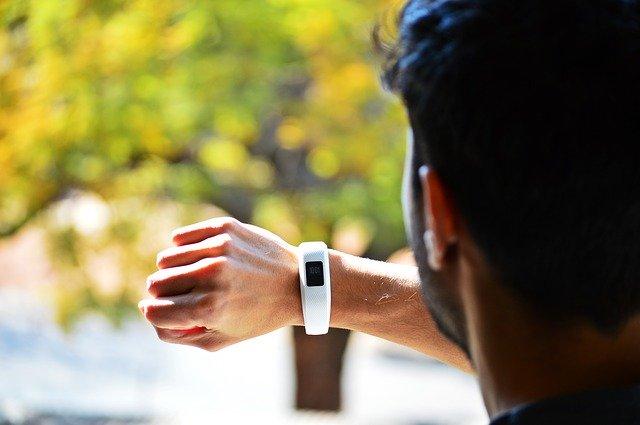 GUIDE D'ACHAT des bracelets connectés haut de gamme
